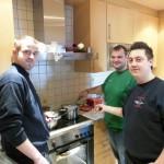 Bild juge Feuerwehrkammeraden beim Weißwurstfrühstück