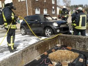 2014-03-31 Fahrzeugbrand 02
